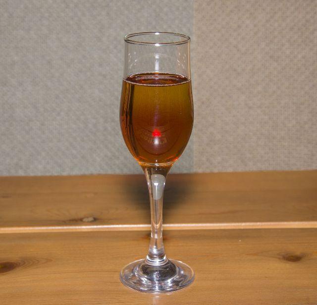 fotografija domaćeg piva braggot