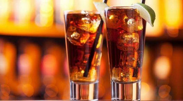 cola gin a likér
