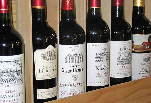Vin roșu francez: o poveste scurtă și cum să bei