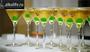 martini čaše