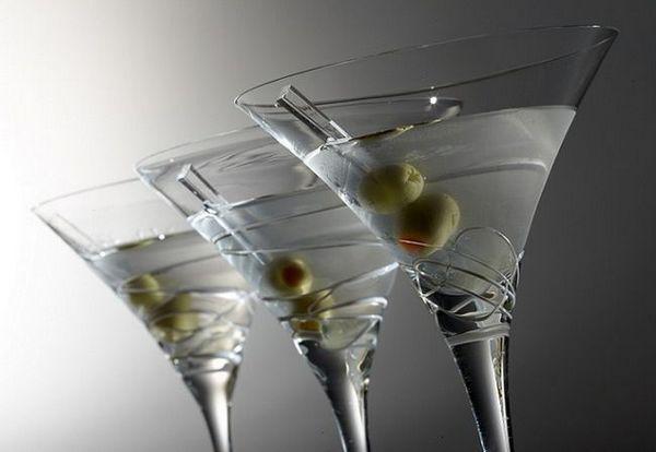 foto koktejl martini suché