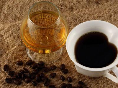 як пити каву з коньяком