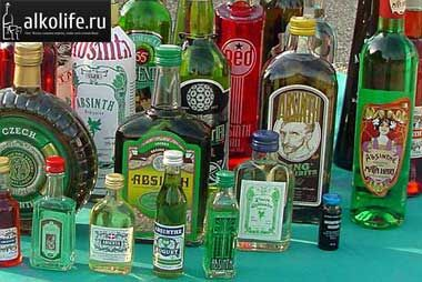 пляшки з абсентом