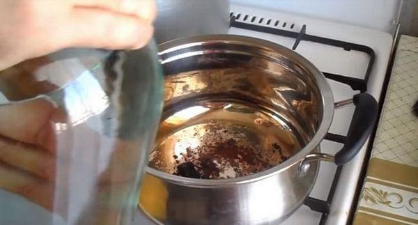 заливаємо все компоненти горілкою