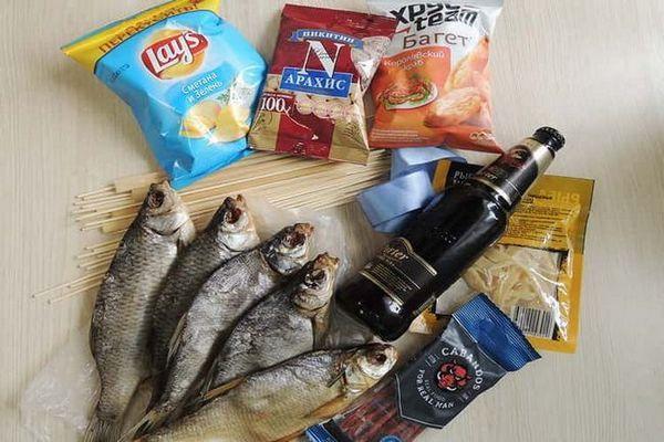 Інгредієнти букета з риби і пива для чоловіків