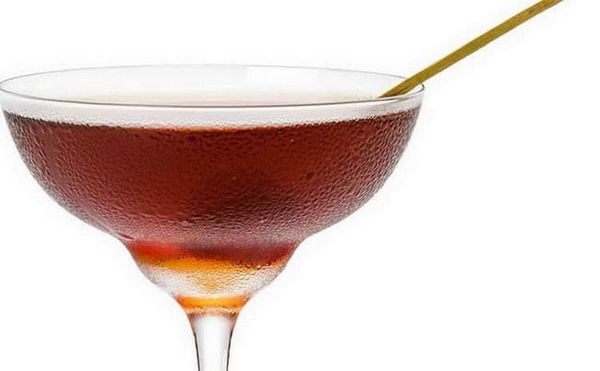 Kako poslužiti Martini s Olivom