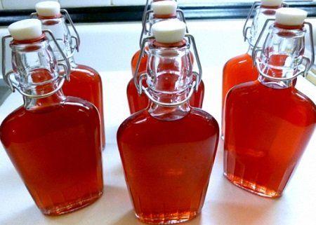 готове вино в пляшках