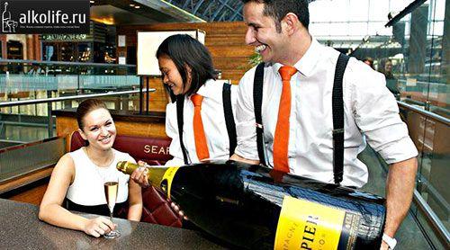 найбільша пляшка шампанського фірми Драпер