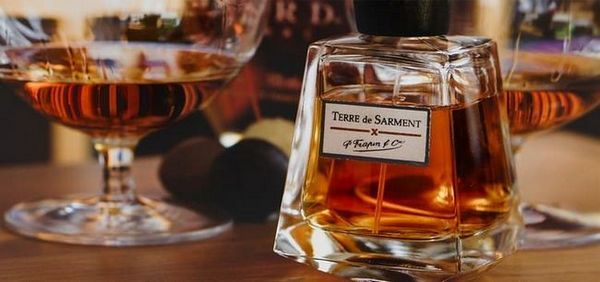 Компанія-виробник цього елітного коньяку випустила також модну серію парфумів.