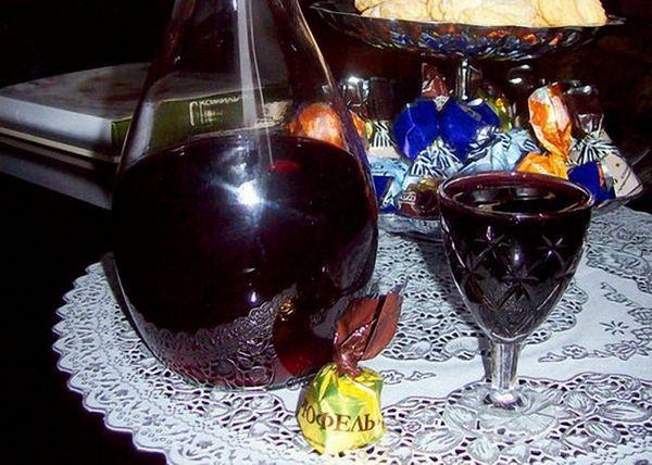 Tinctură de coacăză neagră
