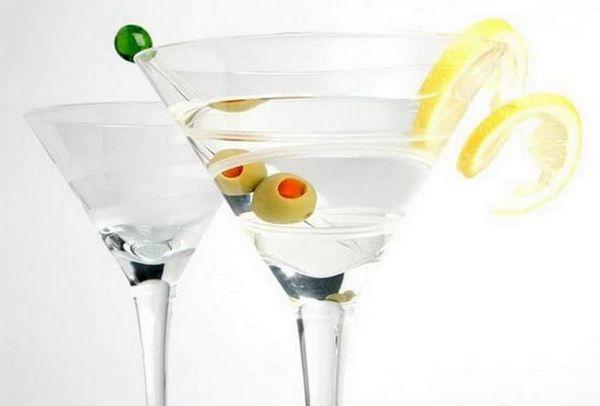 Kako poslužiti vermouth martini bianco
