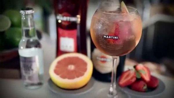 s čime piju ružičaste martini