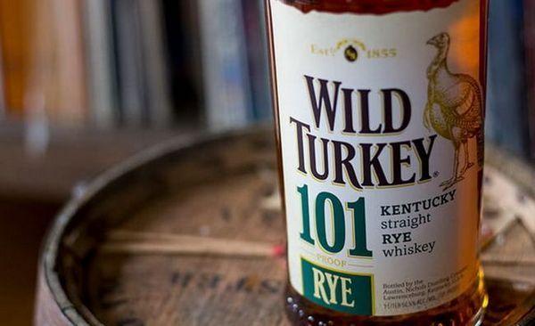 Бурбон Wild Turkey