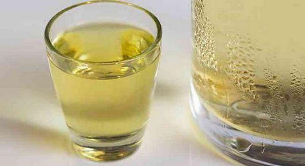 Hruška vodka, ako podávať nápoj