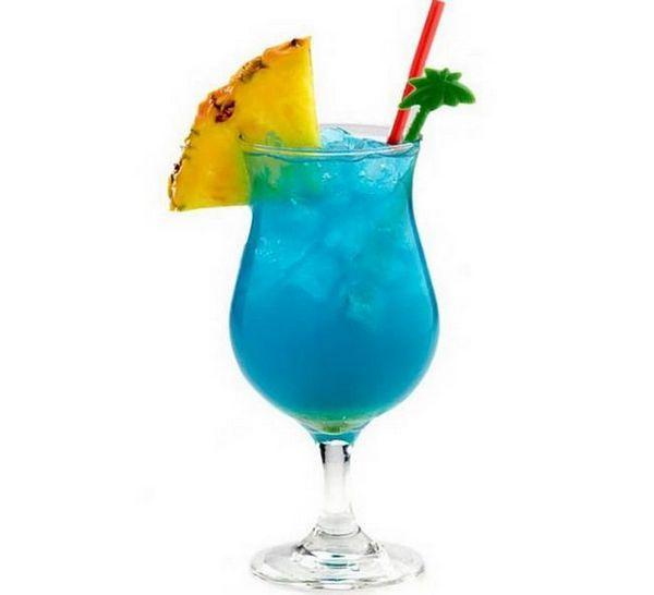 Блакитні Гаваї коктейль