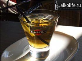 мартіні з шампанським коктейль