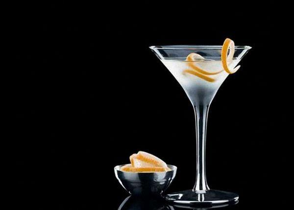 Vodka a Martini Cocktail