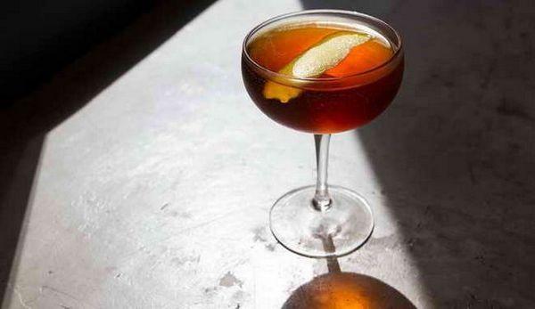 gin martini koktejl