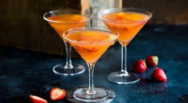 šampaňské martini koktejl