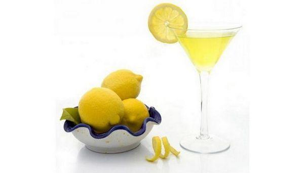 Koktel Martini glasovir