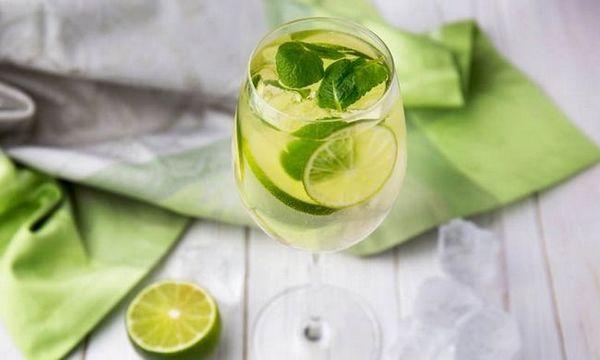 Sastav koktela zelenog martinija s velikim klavirom