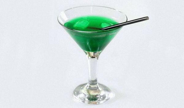 Martini recept za suhi koktel s dodatkom