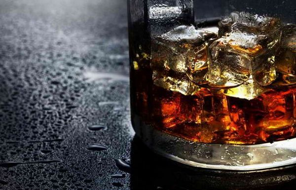 co je sodová voda pro whisky