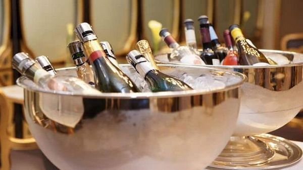 Koľko kalórií v rôznych typoch šampanského