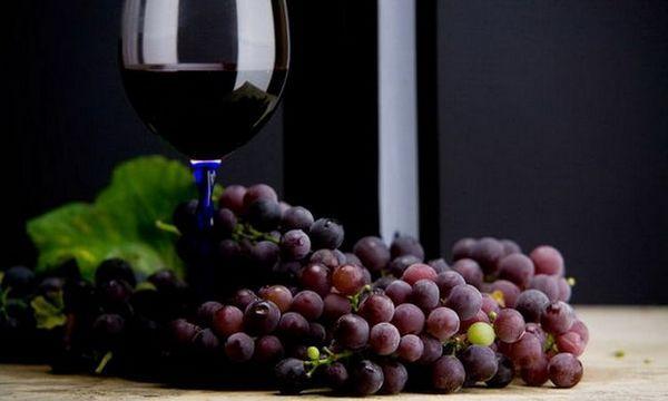Како и што да му служиме на абхазиското ешеро вино