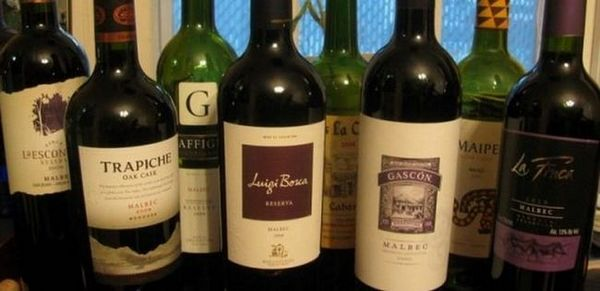 Este important să știi nu numai ce este, malbek, ci și să poți alege băutura originală, deosebind-o de un fals.