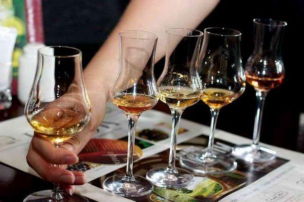 whisky účet macklin