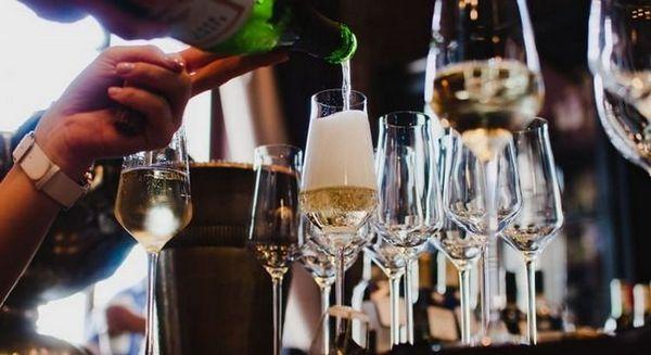 Ali, vjerojatno, najpopularniji oblik čaša za šampanjac u novije vrijeme.
